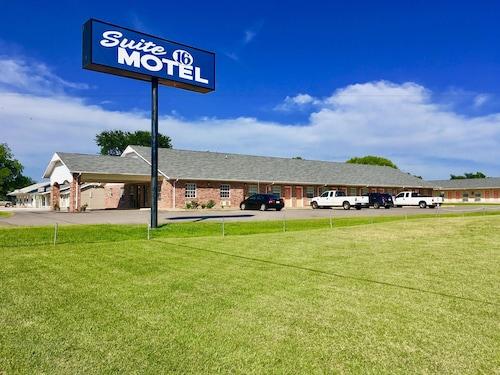 . Suite 16 Motel