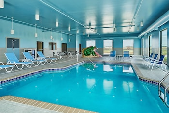Fargo Vacations - Four Points by Sheraton Fargo - Property Image 5