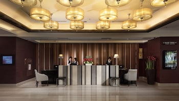 アーバン ホテル 33 (高雄商旅)