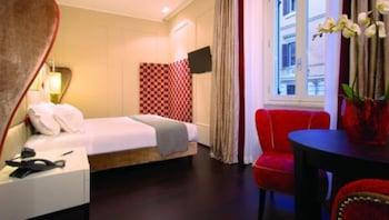 Deluxe Quadruple Room, 2 Bedrooms, Non Smoking, City View