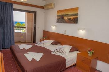 Hotel Heleni Beach - Guestroom  - #0