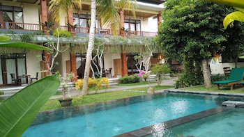 Nyoman Sandi Guest House - Property Grounds  - #0