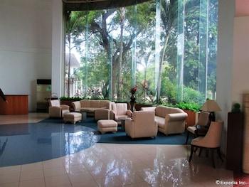 Marco Hotel Cagayan de Oro Lobby Sitting Area