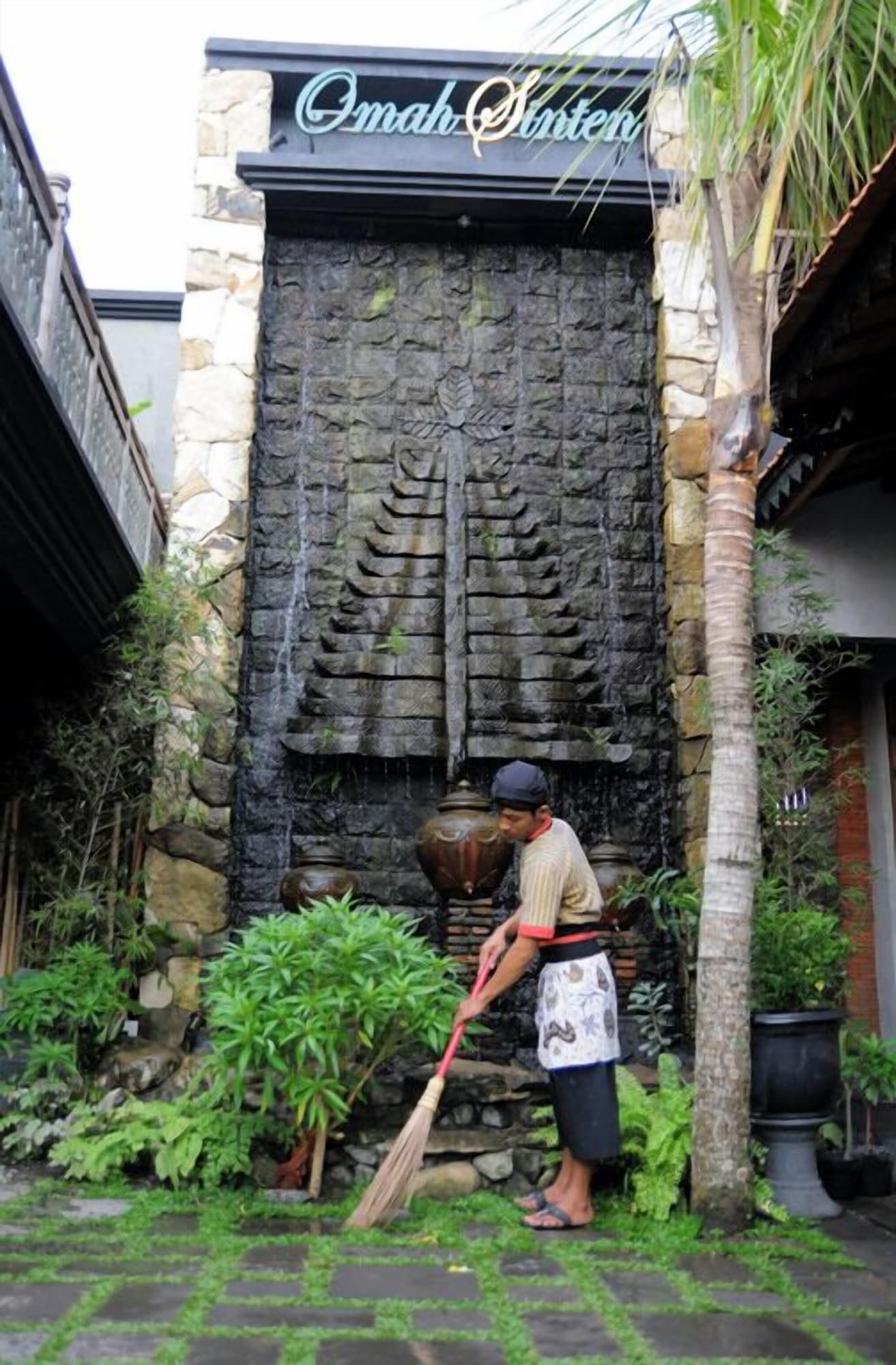 Omah Sinten Heritage Hotel & Resto, Solo