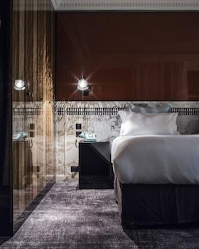Suite, Terrace (Les Bains)