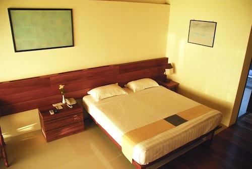 Pleasant View Resort, Thandwe