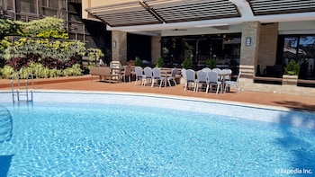 Newton Plaza Hotel Baguio Outdoor Pool