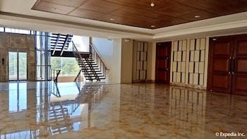 Newton Plaza Hotel Baguio Lobby