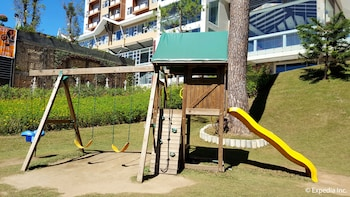 Newton Plaza Hotel Baguio Childrens Play Area - Outdoor