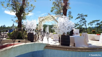 Newton Plaza Hotel Baguio Outdoor Wedding Area