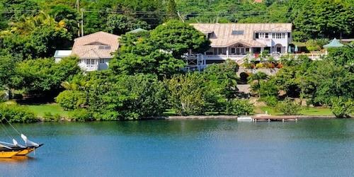 Orchard Bay Villa,