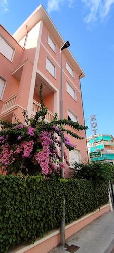. Hotel Villa Rosa