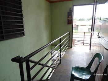 Quoyas Inn Davao Hallway