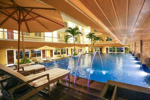 . Sylvia Hotel Kupang