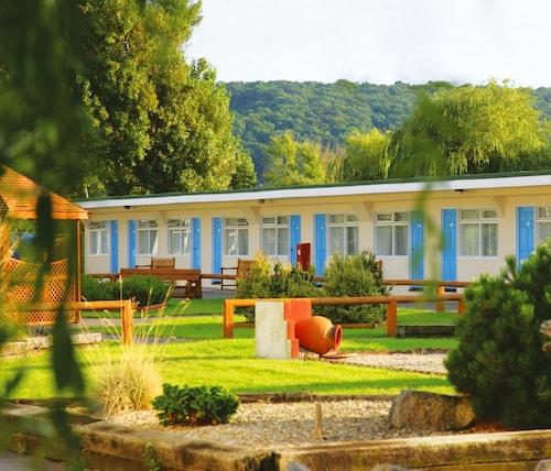 . Sand Bay Holiday Village