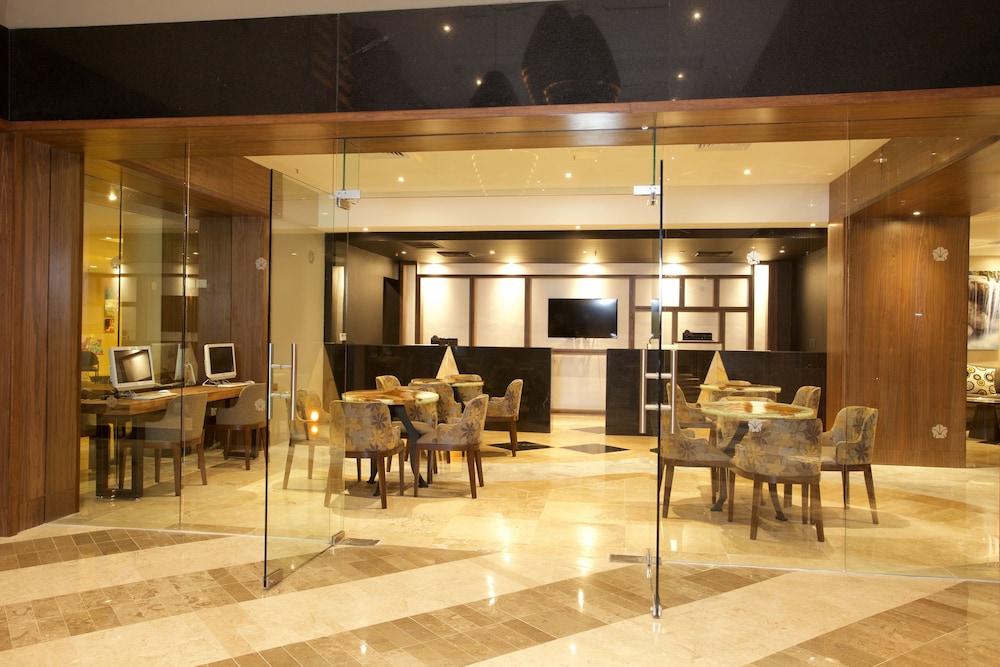 Family 3 Bedroom Ocean Villa  All Inclusive