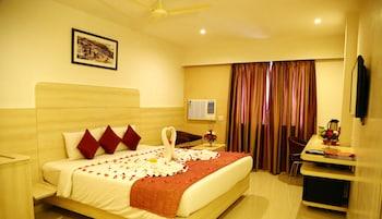 Hotel - Hotel Pratap Plaza