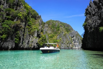 Vellago Resort El Nido Boating