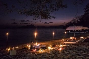 Vellago Resort El Nido Couples Dining