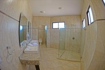 Nammbú Beachfront Bungalows - Bathroom  - #0