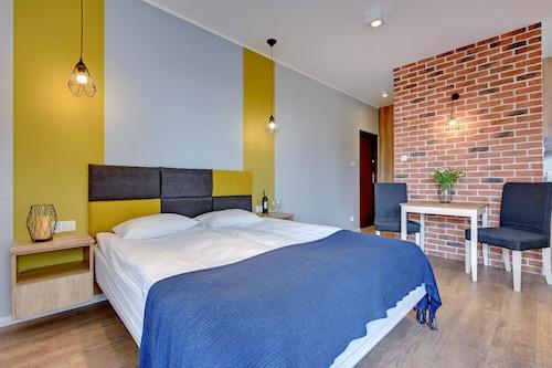 Gdańsk - Apartinfo Apartments - Sadowa - z Wrocławia, 22 marca 2021, 3 noce