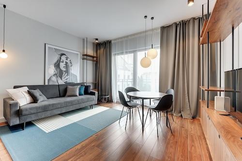 Gdańsk - Apartinfo Island Apartments - z Wrocławia, 15 marca 2021, 3 noce