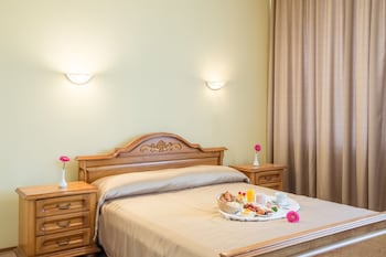 Superior Double or Twin Room, Balcony (Pool Access)