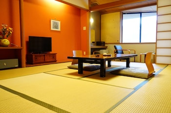 Room with Shared Shower, Japanese Futon, Non Smoking