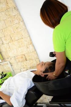 Eden Resort Cebu Hair Salon