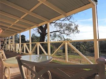 Golden Heritage Cottages - Terrace/Patio  - #0