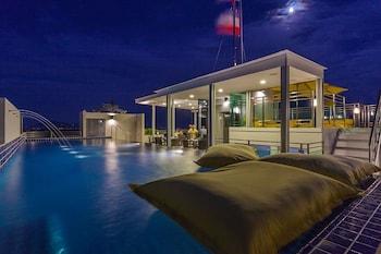 Hotel - BTR Suites Hotel