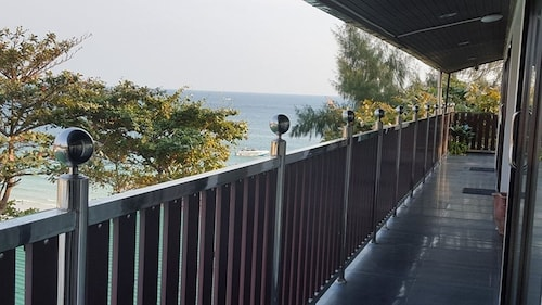 Sinsamut Koh Samed Hotel, Muang Rayong