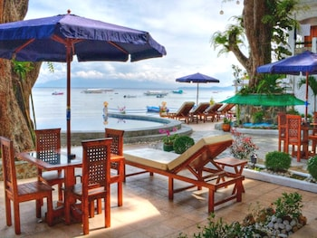 Angelyns Dive Resort Puerto Galera Outdoor Dining