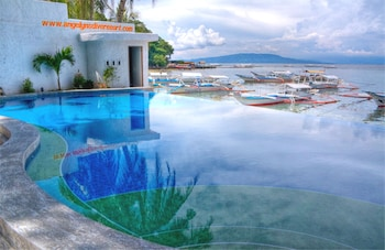Angelyns Dive Resort Puerto Galera Outdoor Pool