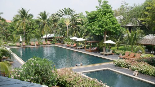 . Royal Riverkwai Resort & Spa