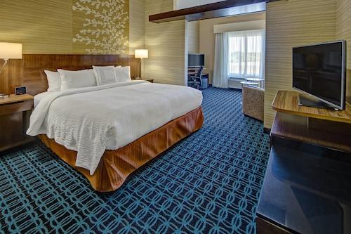 Fairfield Inn & Suites by Marriott Jackson, Madison