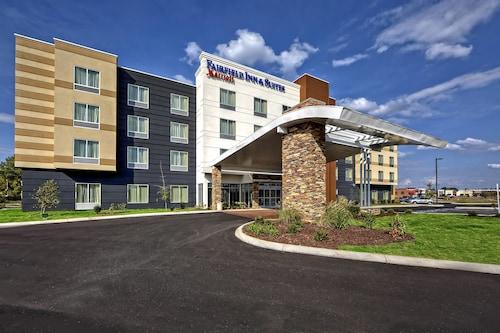 . Fairfield Inn & Suites by Marriott Jackson