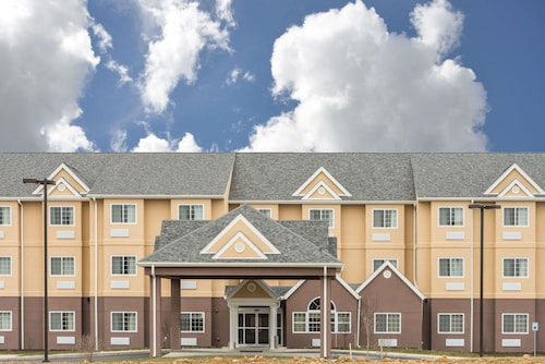 . Microtel Inn & Suites By Wyndham Beaver Falls