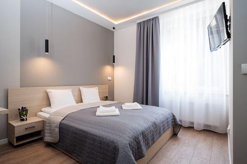 Kraków - Platinia Apartments - ze Szczecina, 30 marca 2021, 3 noce