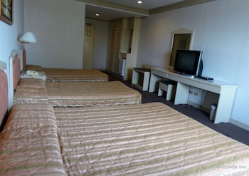 Orange Grove Hotel Davao Guestroom