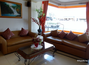 Orange Grove Hotel Davao Lobby Sitting Area