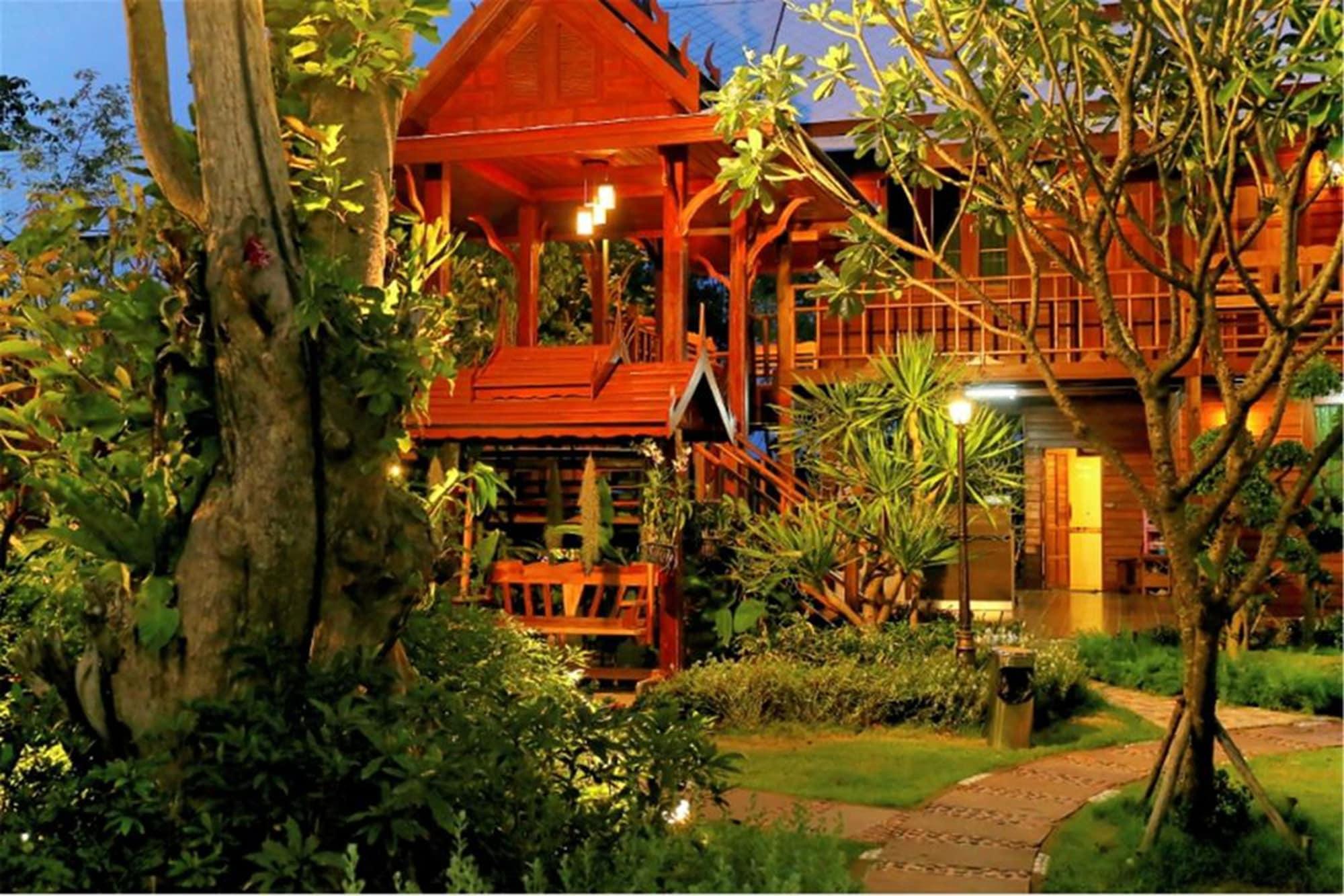 Sunlove Resort and Spa - Royal View, Muang Nakhon Pathom