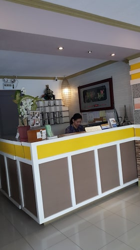 Park Avenue Residence Inn & Suites, Davao City