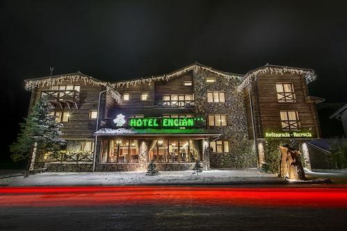 . Hotel Encián