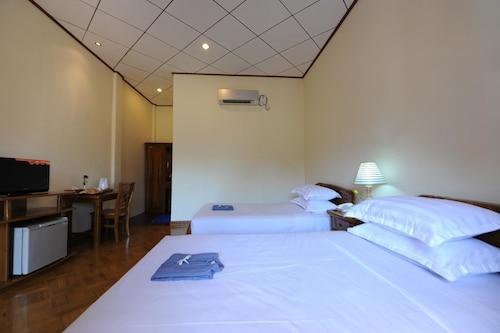 Sky Palace Hotel Bagan, Myingyan