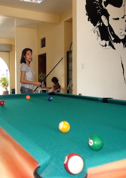 Squares Cafe and Apartments Puerto Galera Billiards