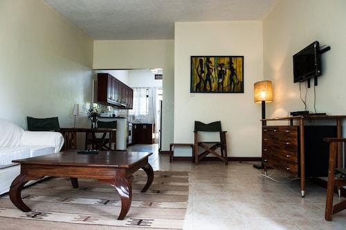 Soho Greens Apartments, Jinja