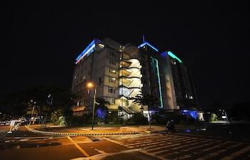 Hotel - Paseo Premiere Hotel