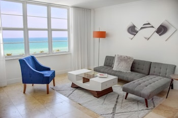 Deluxe Suite, 1 Bedroom, Kitchen, Ocean View