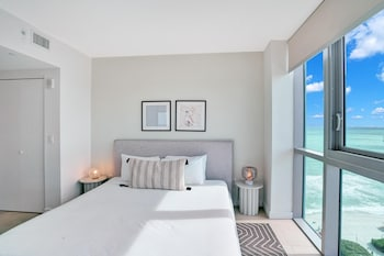 Executive Apartment, 1 Bedroom, Bay View, Corner